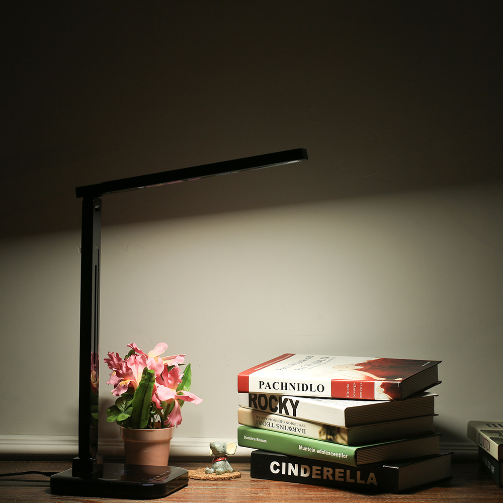 LED Desk Lamp Eye Protection Smart Table Lamps Desklight Temperature Control Light Foldable Rotatable Dimmable 1.5A USB Charging