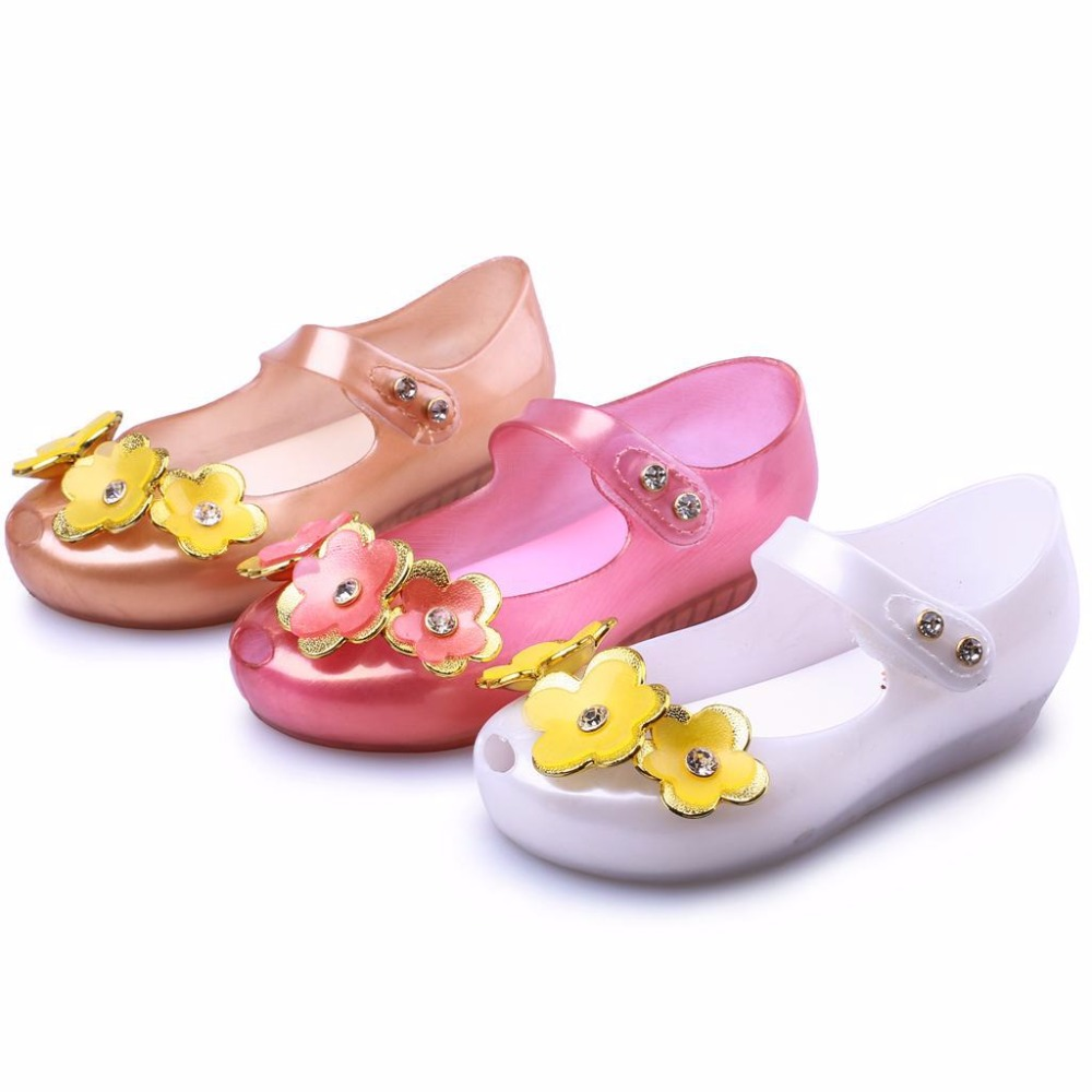 dd506a6f42ee Mini melissa new children shoes sandals flowers children comfortable baby  shoes buttons beach shoes pink gold