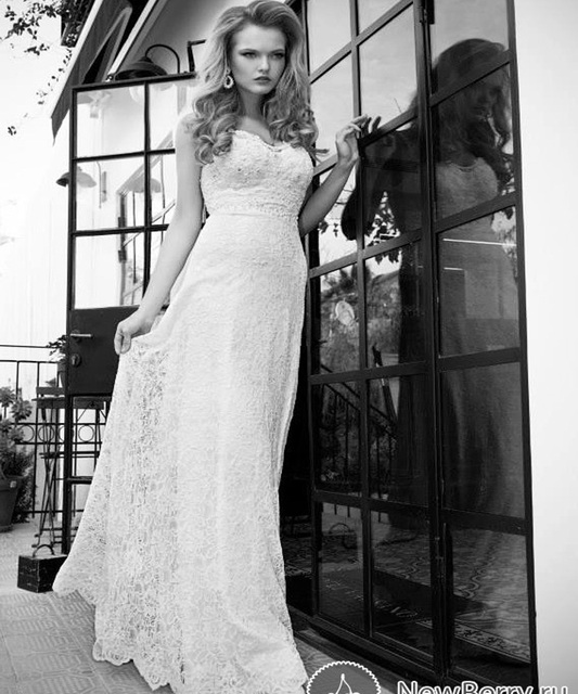 a7fa74c6da10b YW011 A line Spaghetti Strap Sweetheart Lace Wedding Gown Low Back Beach Bridal  Dress No Train