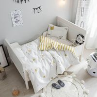 3Pcs Baby Bedding Set Cotton Cartoon Crown Pattern Baby Cot Duvet Cover Pillowcase Infant Bed Linen Flat Sheet Baby Bed Set