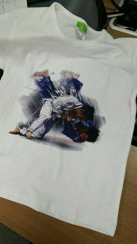 Chłopiec i dziewczyna ewolucja judo projekt koszulki dzieci Judo koszulki dziecko T koszula lato dorywczo miękki biały Tee shirt, ooo402