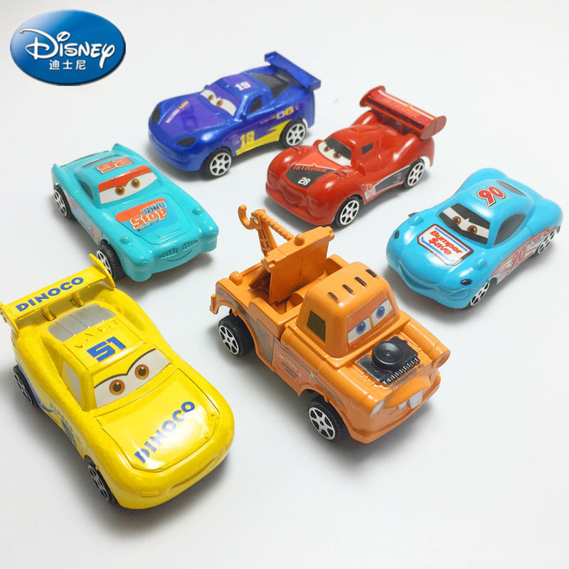 1PC Disney Pixar Car 3 Toys For Kids LIGHTNING McQUEEN Quality Plastic Diecast Cars Toys Cartoon Models boy Christmas Gifts