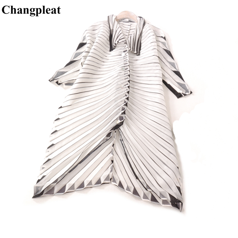Changpleat 2019 Spring New Women   Trench   Miyak Pleated Fashion Loose Large Size Single-breasted 3/4 Sleeve cardigan Coats Tide