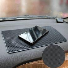 1 pc preto carro auto anti deslizamento painel pegajoso tapete almofada não deslizamento suporte da esteira telefones celulares gps carro ferramenta interior do auto parte
