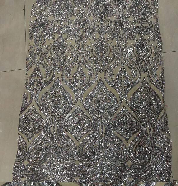 Ev ve Bahçe'ten Dantel'de Afrika Net Payetler Danteller 5yard Son Nijeryalı Danteller 2017 gümüş Pullu dikiş kumaşı Elbise Tül Dantel Kumaş'da  Grup 1