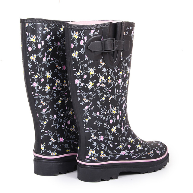 Sweet Floral Rain Boots Female High Top Rainboots Women 2017 New Spring And Summer Water Shoes Rubber Boots