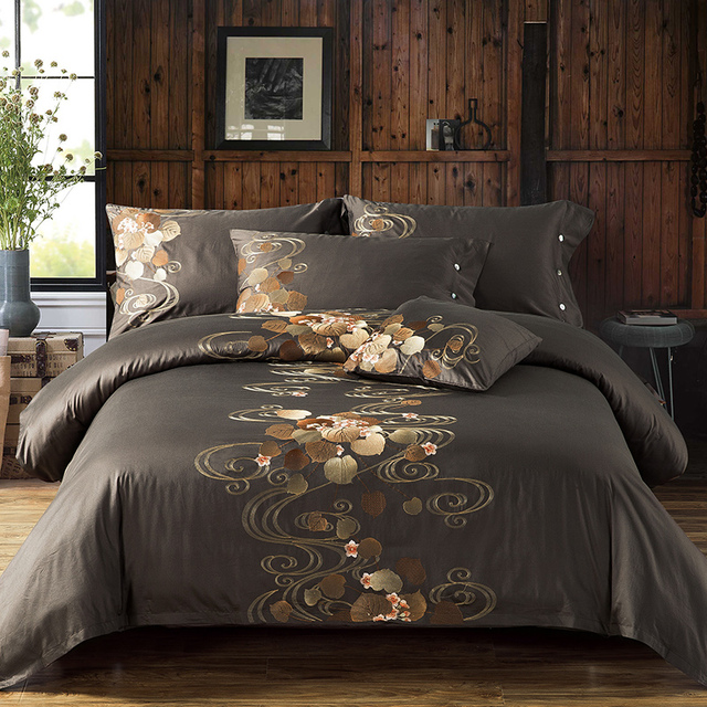 Grayish Brown Beige Blue Luxury Flower Embroidery Egyptian Cotton Bedding Set Queen King Size Duvet Cover