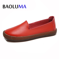 2017 New Autumn Women Flats Shoes Women Slip On Loafers Leather Shoes Ladies Handmade Rubber Boat