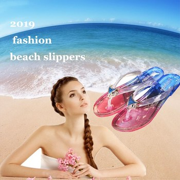 Flip Flops shoes woman sandals women slippers Non-slip beach shoes Fashion new 2019 summer Large size Flats ladies Bathroom shoe 1