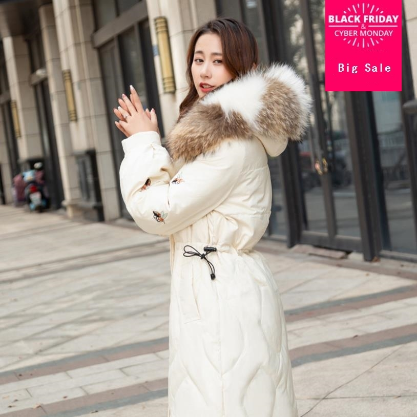 Winter bee pattern embroidery real duck   down     coat   female luxurious big natutal fur hooded longer thicker warm   down     coats   wq471