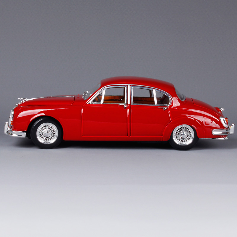 Bburago 1:18 1959 Jaguar Mark II Car model Retro Classic Car Diecast Model Car Toy New In Box Free Shipping 12009-in Diecasts & Toy Vehicles from Toys & Hobbies    2