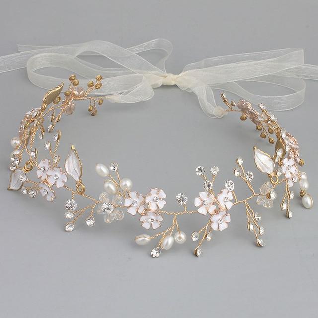 SLBRIDAL hecho a mano con alambre diamantes de imitación cristales perlas  flor boda Tiara diadema nupcial. Sitúa el cursor encima para ... a5f04cc36e59