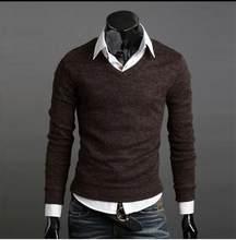 Suéter hombres 2018 marca Casual suéteres delgados hombres sólido Delgado  insignias decorativas Hedging o-cuello suéter de los h. 57d559d5d871