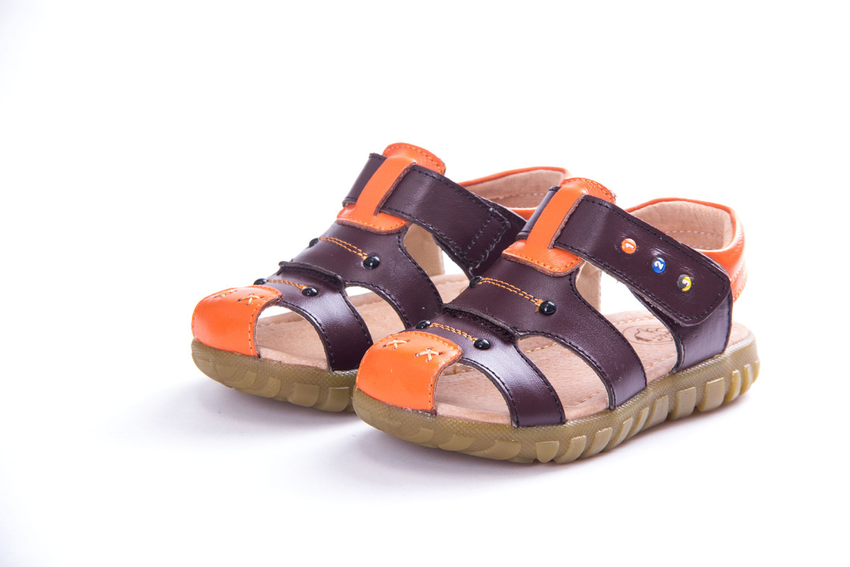 MAGGIES WALKER Kids Sandals Summer Style Closed Toe Shoes for Boys and Girls Waterproof Casual Beach Shoes for Baby Boys