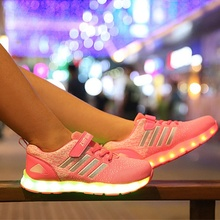 New Fashion Light up Kids Led Shoes Luminous Girls Boys shoes Color Glowing Casual With Simulation Sole Charge for Childrens