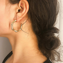 2019 Punk Exaggerated Hiphop Bamboo Stud earring Statement Geometric Small Cricle Earrings for Women Jewelry Oorbellen цена