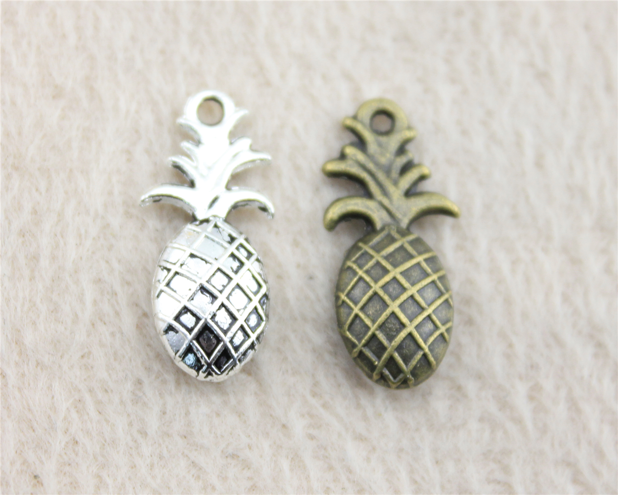 10pcs 10*23mm Antique Silver Or Bronze Pineapple Charm Pendant For Bracelet Necklace Jewelry Accessories Making Handmade DIY