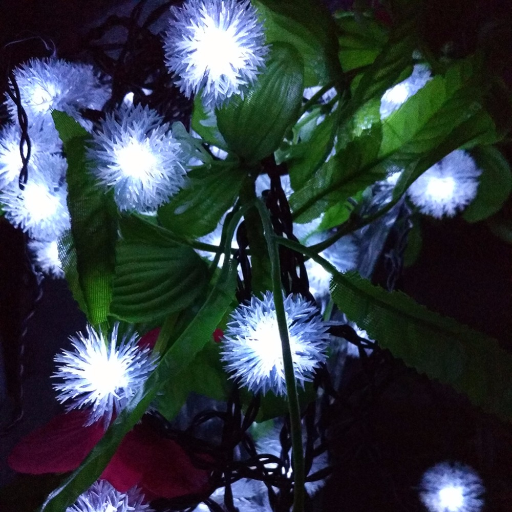 Battery Snowball LED Strings Fairy Lights Pompon Wedding Party Decoration String Light Strings Flakes Snow Ball (6)