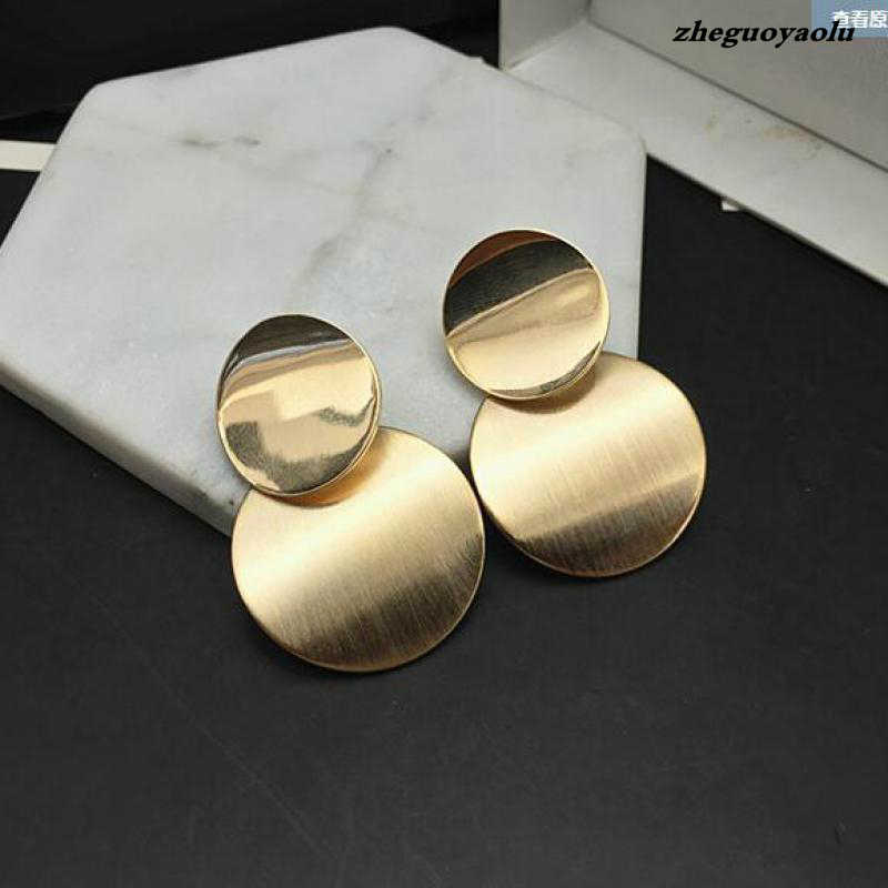 2018 Fashion Metal Smooth Earrings Ladies Gold And Silver Jewelry Simple Retro Pendant Circle Earrings Indian Jewelry  Brincos