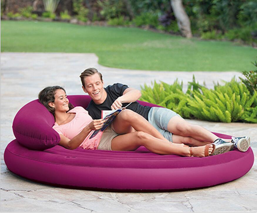 смотреть любовные утехи на диване