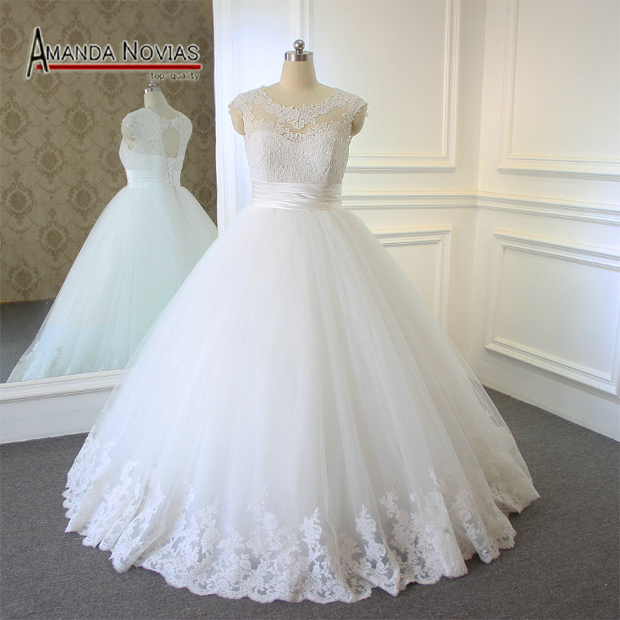 Plus size wedding dress 2018 new lace ball gown wedding for What is my wedding dress size
