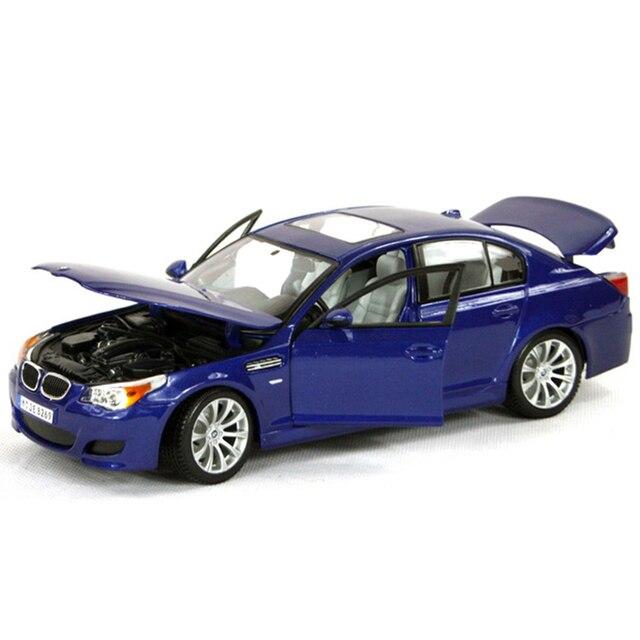 1:18 diecast Автомобилей M5 E60 5 Серии Темно-Синий 1:18 Литья Под Давлением автомобиля Металла Гоночный Автомобиль Play Коллекционные Модели Sport Cars toys For Gif