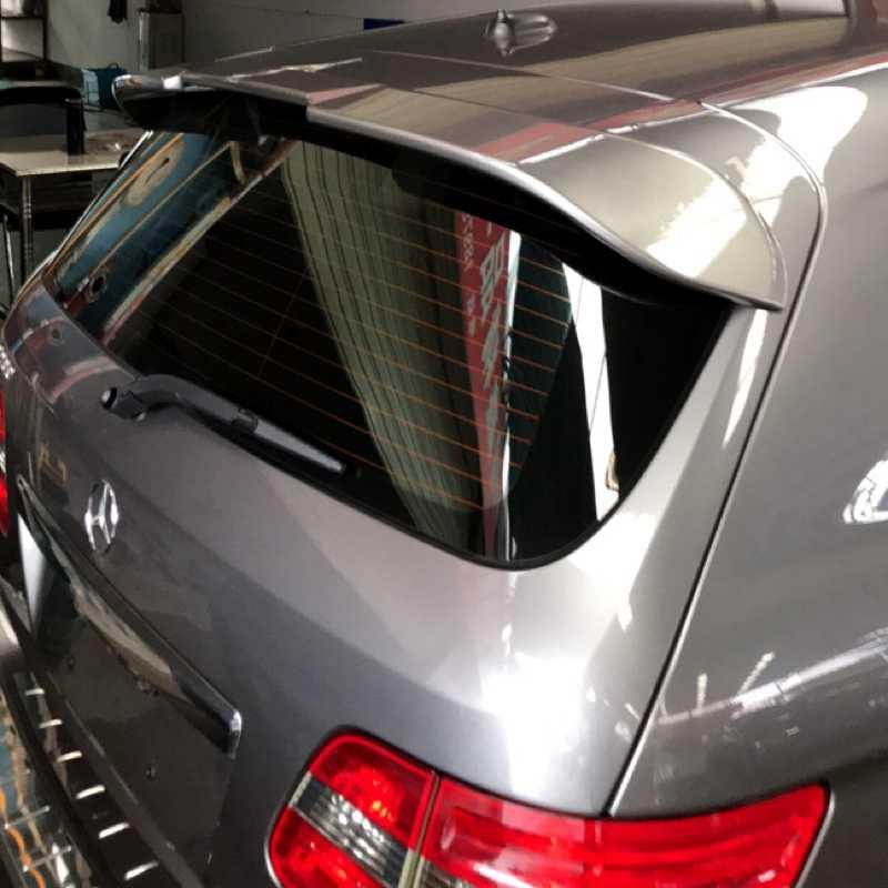 Для Mercedes Benz B-Class B200 2009 2010 2011 автомобиля задний багажник надрезаемая подкладка, abs Материал грунтовка Цвет для хвостовой части автомобиля декоративное крыло для B200