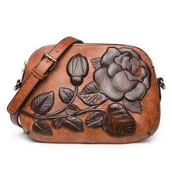 828eaff4a6696 Kadın postacı çantası Çiçek Baskı Vintage Çanta Küçük Retro Flap Çapraz  Vücut Çanta Yüksek Kalite Deri Omuz Bolsa Kadın