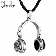 Chandler Trendy Headset Design Pendant Necklace Hip-Pop Style Music Headphones Punk Gothic Fashion Jewelry For Women Men Gifts