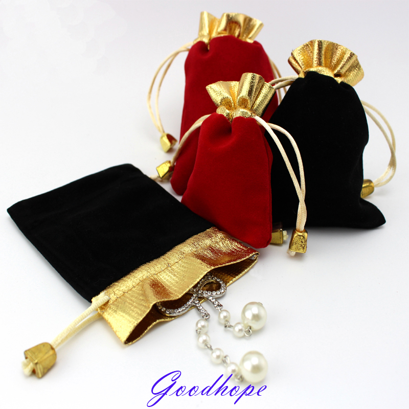 Wholeslae 100pcs Jewelry Storage Pouches Velvet Drawstring Ring Earring Bangle Pendant Carrying Bags Bead Diamond Package Case