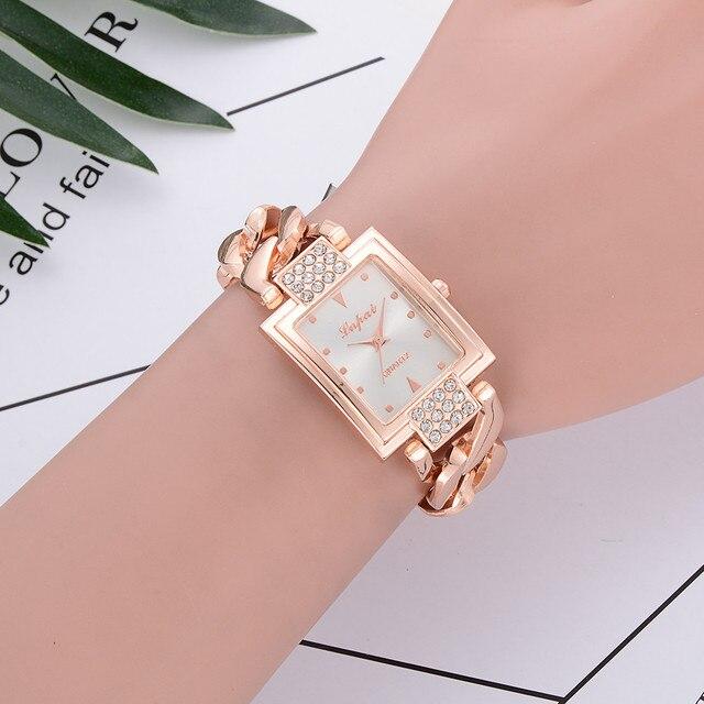 New Quartz Watch Women Vente Chaude De Mode De Luxe Femmes Montres Femmes Bracel