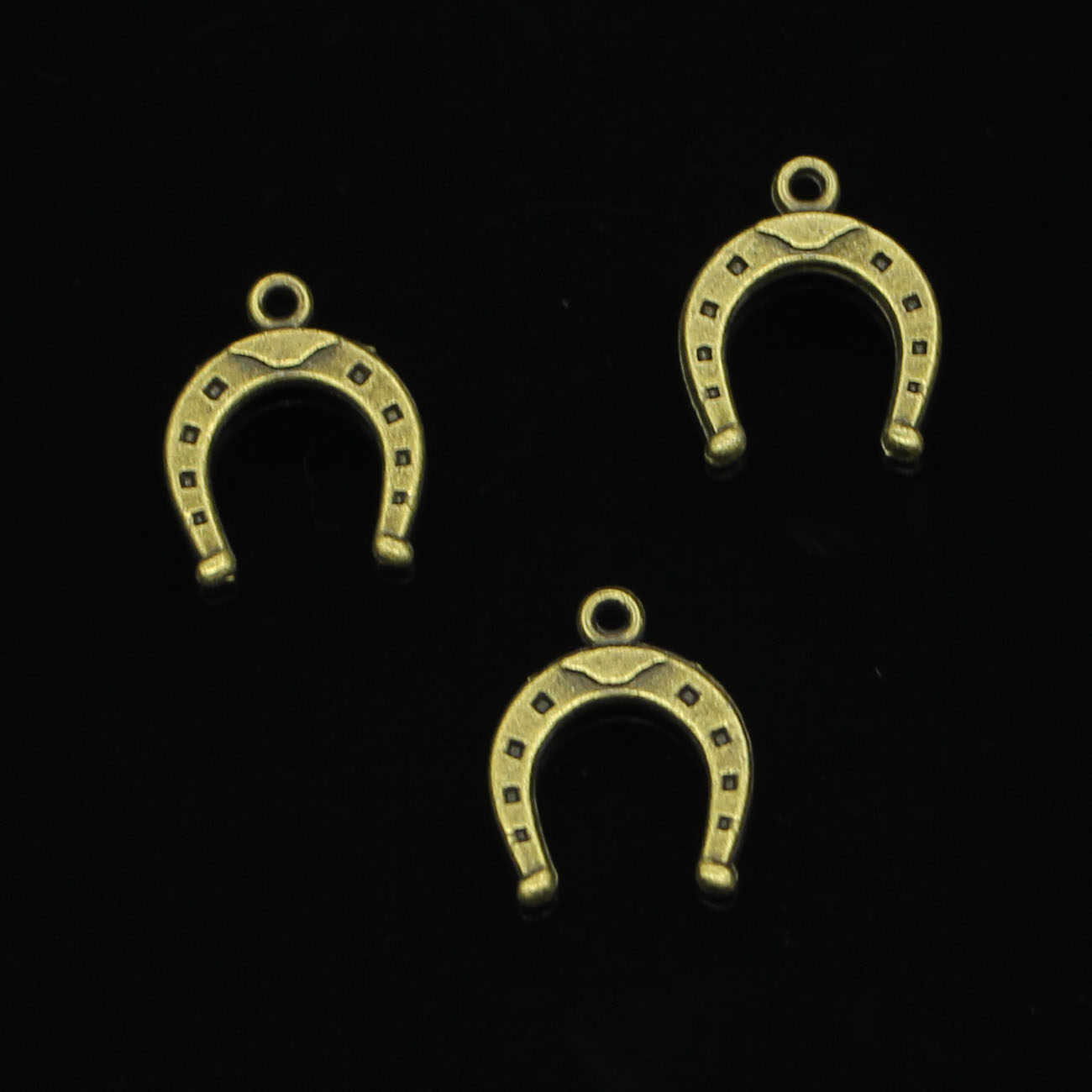 140 pcs עתיק ברונזה מצופה מזל פרסת סוס קסמי עבור תכשיטי ביצוע DIY בעבודת יד תליוני 16*13mm
