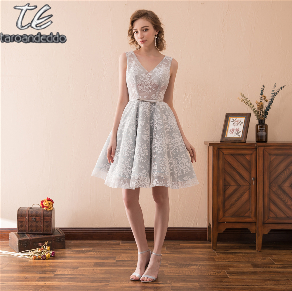 Grau Lace Short Homecoming Kleid Durchsichtig Spitze Open Back Kleid ...
