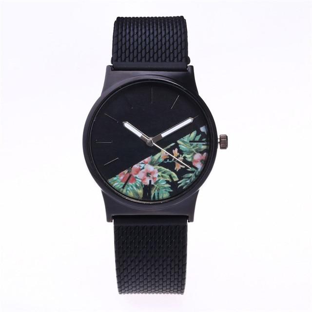 2017 Moda Senhora Relógio Ocasional Superior famoso Relógio Hot Sale Relogio feminino Montre montre Homme Top Quartz Relógio de Pulso Especial