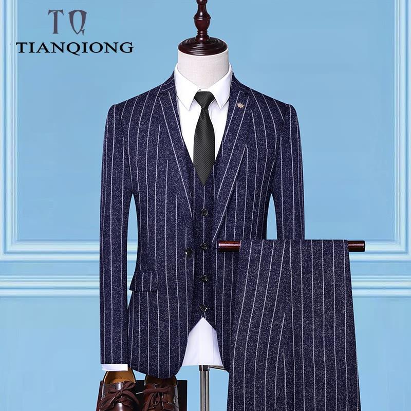 Erkek Kıyafeti'ten T. Elbise'de (Ceket + Yelek + Pantolon) 2019 Erkek Takım Elbise Moda Çizgili Damat düğün elbisesi Takım Elbise/Erkek Rahat takım elbise Pantolon ile Yelek'da  Grup 1