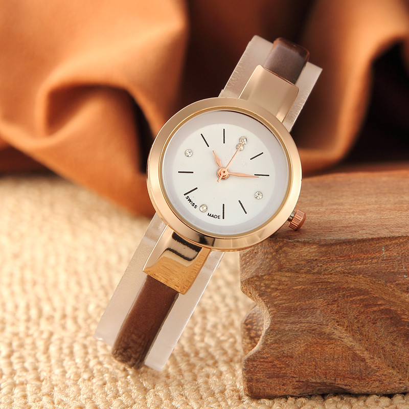 The New Fashion Small Dial Female Skin With Thin Straps Temperament Students Watch Gift Table