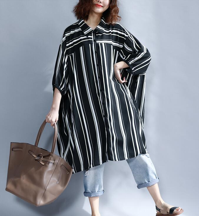 2018 femaale new summer plus size Korean version long black and white striped batwing sleeve casual