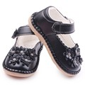 Spring Autumn New Arrival PU Flowers Shiny Design Rubber Kids Beautiful Dress Baby Shoes For Girls For 1-3 Years Old
