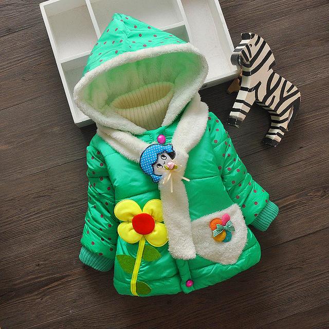 Venta caliente 2015 Del Invierno Del Bebé Niñas Niños Abrigos Chaquetas Con Capucha de la Moda Para Niños Al Aire Libre Parka Caliente Flores de Algodón acolchado Abrigos