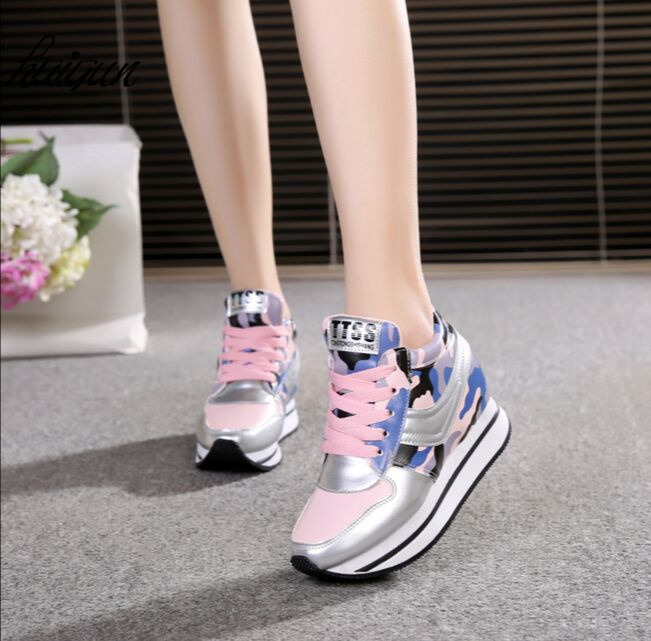 2017, the spring and autumn period and the hot sale style women shoes hidden wedge heels boots elevator casual shoes for women