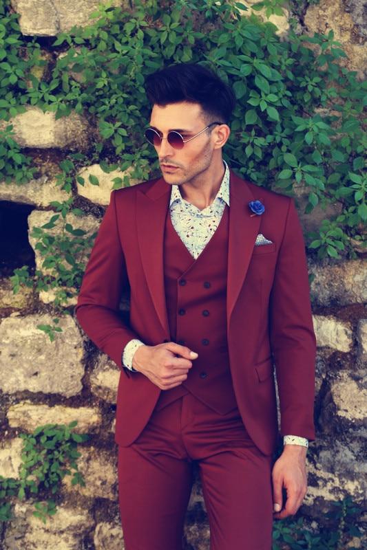 Bourgogne Hommes Pardessus Noir châle revers velours Long Manteau Smoking Vestes Outwear