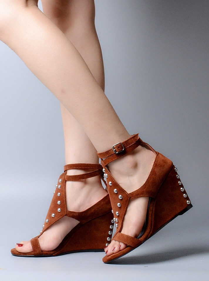 2017 New Genuine Leather Gladiator Rivets Women Wedges Sexy Open Toe Women Summer Sandals Party Pumps Shoes Women Size35-40 2017 summer shoes woman platform sandals women soft leather casual open toe gladiator wedges trifle mujer women shoes b2792