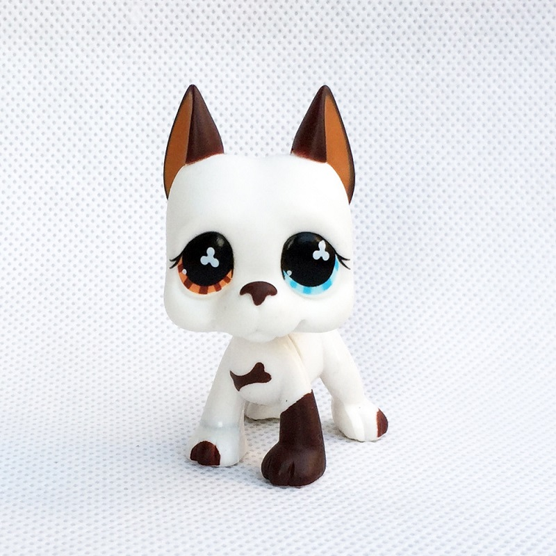 6cm LPS Rare toy little Cream white great dane dog yellow bule eyes animal pet shop lps toys for kids free delivery lps toy pet shop cute beach coconut trees and crabs action figure pvc lps toys for children birthday christmas gift
