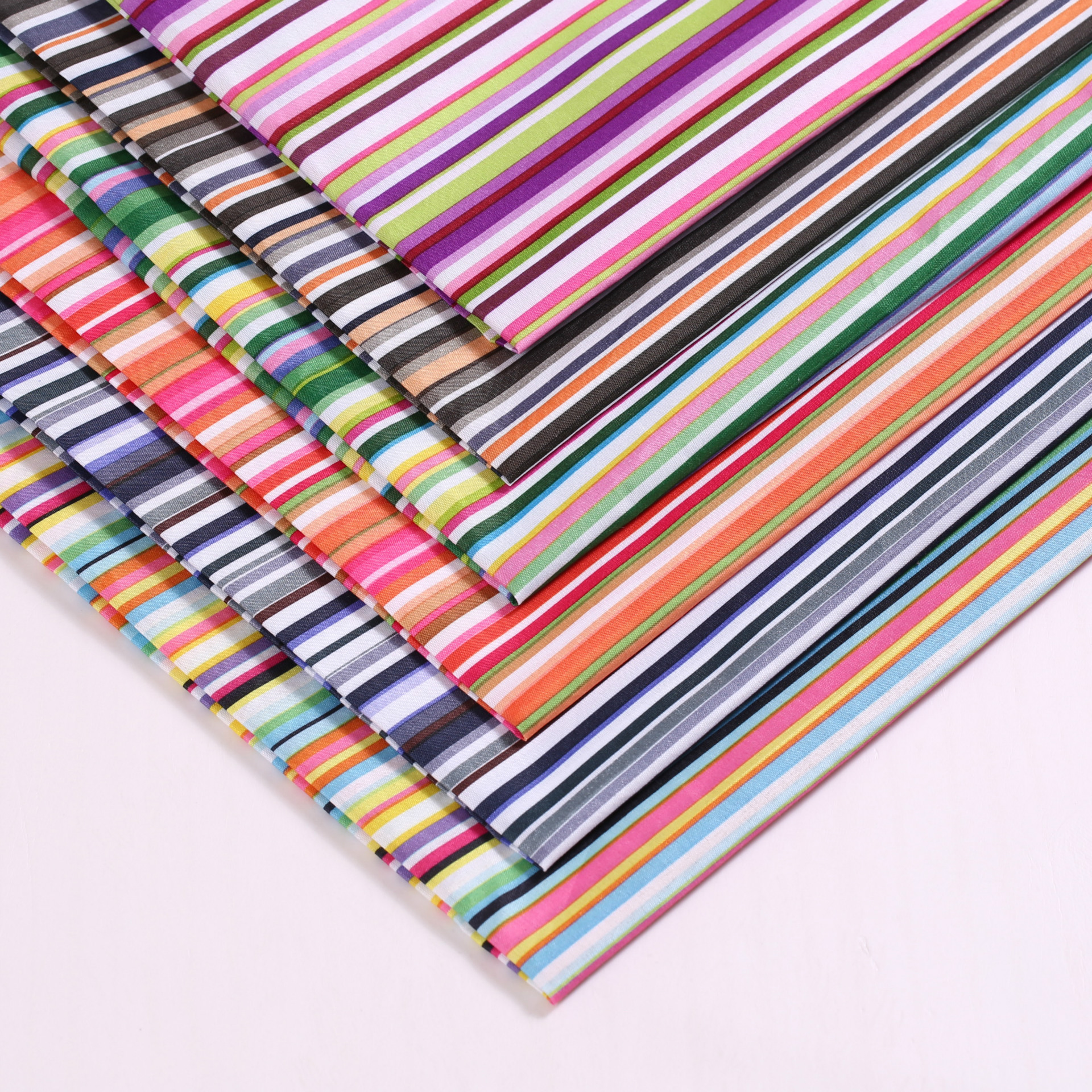 45134 50 147cm Stripe 100 Polyester Fabric For Tissue