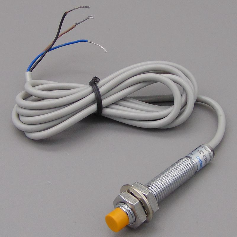 M8 2mm sensing DC 5V NPN NO LJ8A3-2-Z/BX-5V cylinder inductive proximity sensor switch work voltage 5VDC special for MCU 5pcs proximity switch inductive sensor dc6 36v 3wire no pnp dc 300ma detection distance 2mm m8 lj8a3 2 z by
