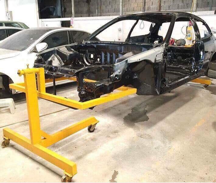 Marco de la carrocería del coche 360 grados de rotación estante de mantenimiento herramientas de reparación universales banco de reparación del automóvil
