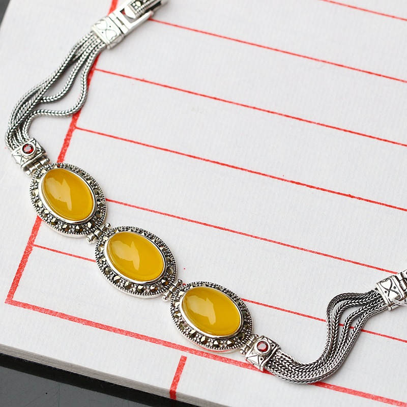 Vintage Thai Silver Wholesale S925 Sterling Silver Bracelet Natural Yellow Chalcedony Bracelet Womens Silver Retro BraceletVintage Thai Silver Wholesale S925 Sterling Silver Bracelet Natural Yellow Chalcedony Bracelet Womens Silver Retro Bracelet