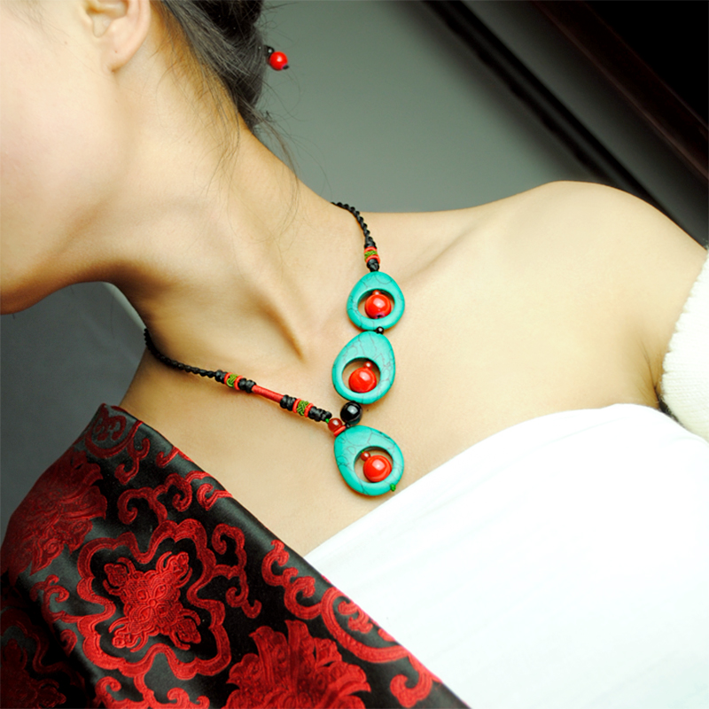 vintage necklace chocker women rope chain Natural Green stone red ball peacock feather style pendant Maxi ethnic jewelry 2017 ethnic style filigree faux turquoise rhinestone feather chain tassel statement necklace for women