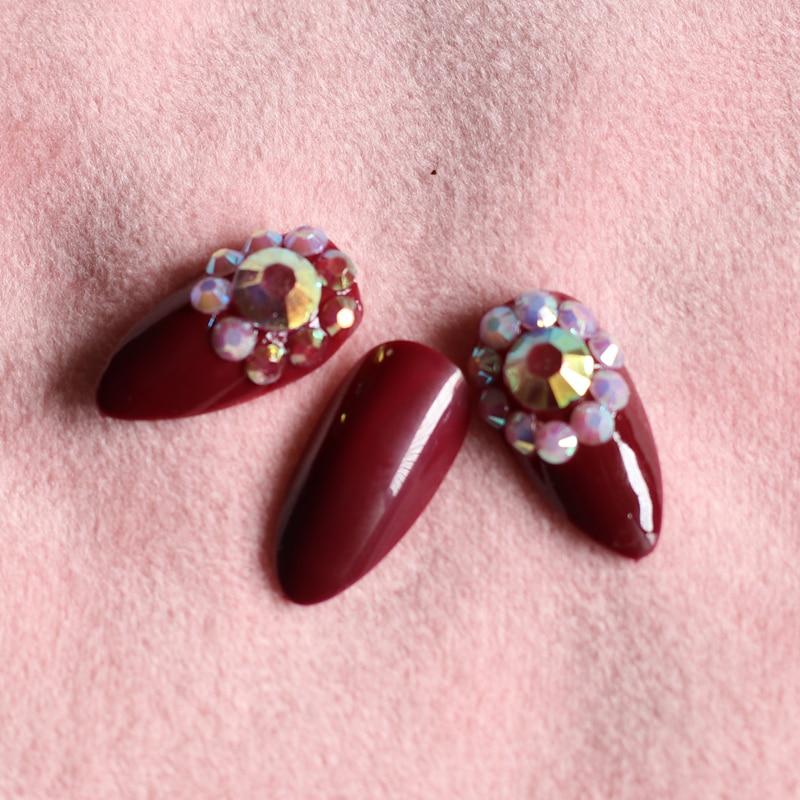 24 pieces set of fake nails crimson acrylic handmade nails set color flat diamond art nails in False Nails from Beauty Health