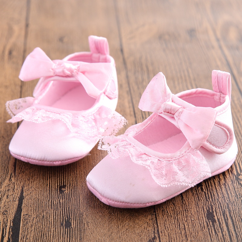 Cotton fabric baby girl shoes spring non slip lace bow for Baby girl fabric